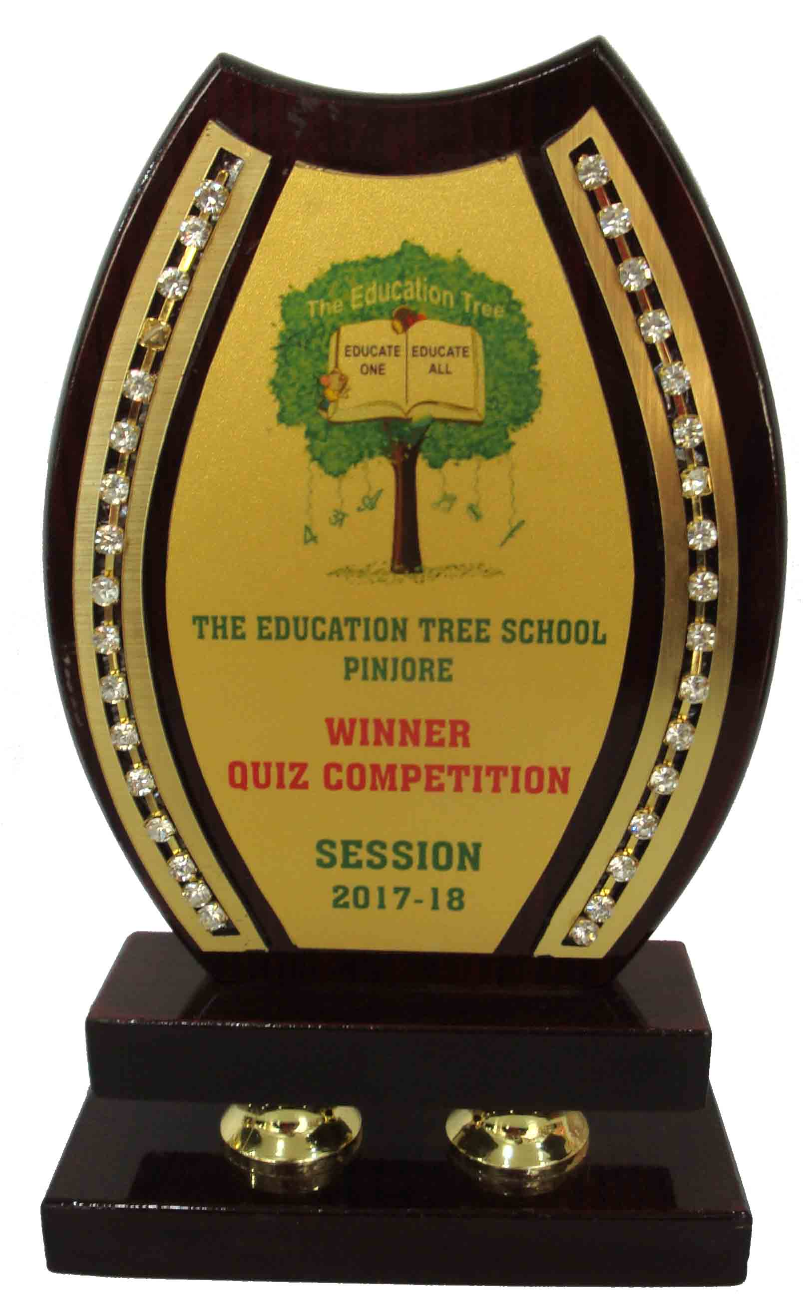Prize Land, WOODEN D 6 TROPHY IN CHANDIGARH