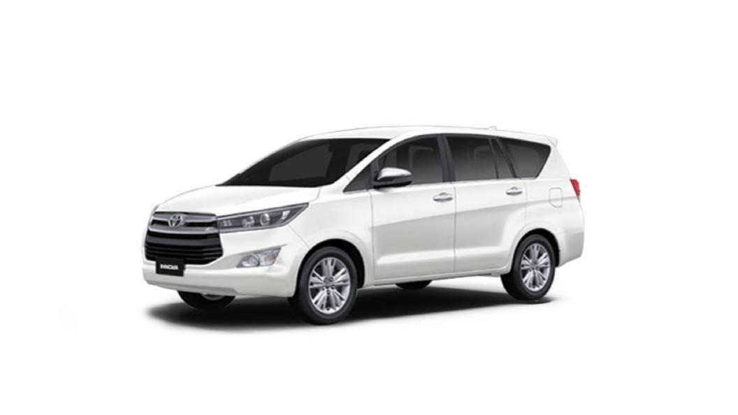 Toyota Innova  Rs.2,300/-*   GetMyCabs +91 9008644559   Toyota Innova on hire - GLK939