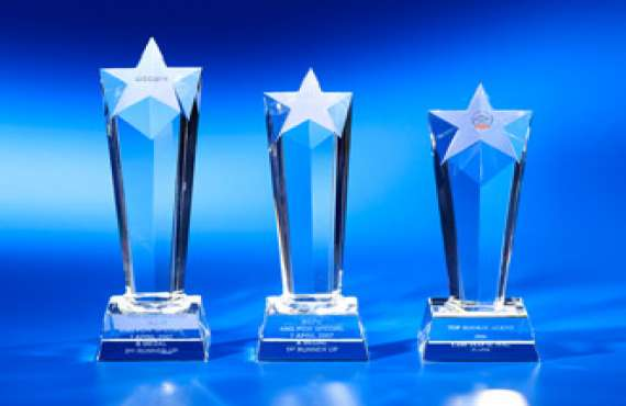 Crystal Trophy, Crystal Trophy manufacturer in Chandigarh, Crystal Trophy manufacturer in Zirakpur, Crystal Trophy manufacturer in Panchkula, Crystal Trophy manufacturer in Mohali