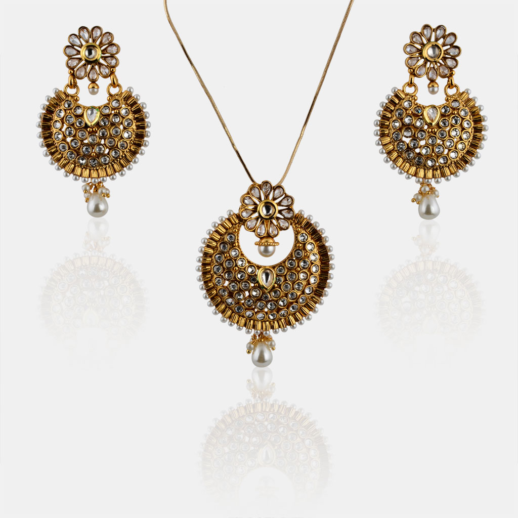IndiHaute, pendant set with hanging earrings price , pendant set with hanging earrings online , pendant set with hanging earrings online india , pendant set with hanging earrings jewelry