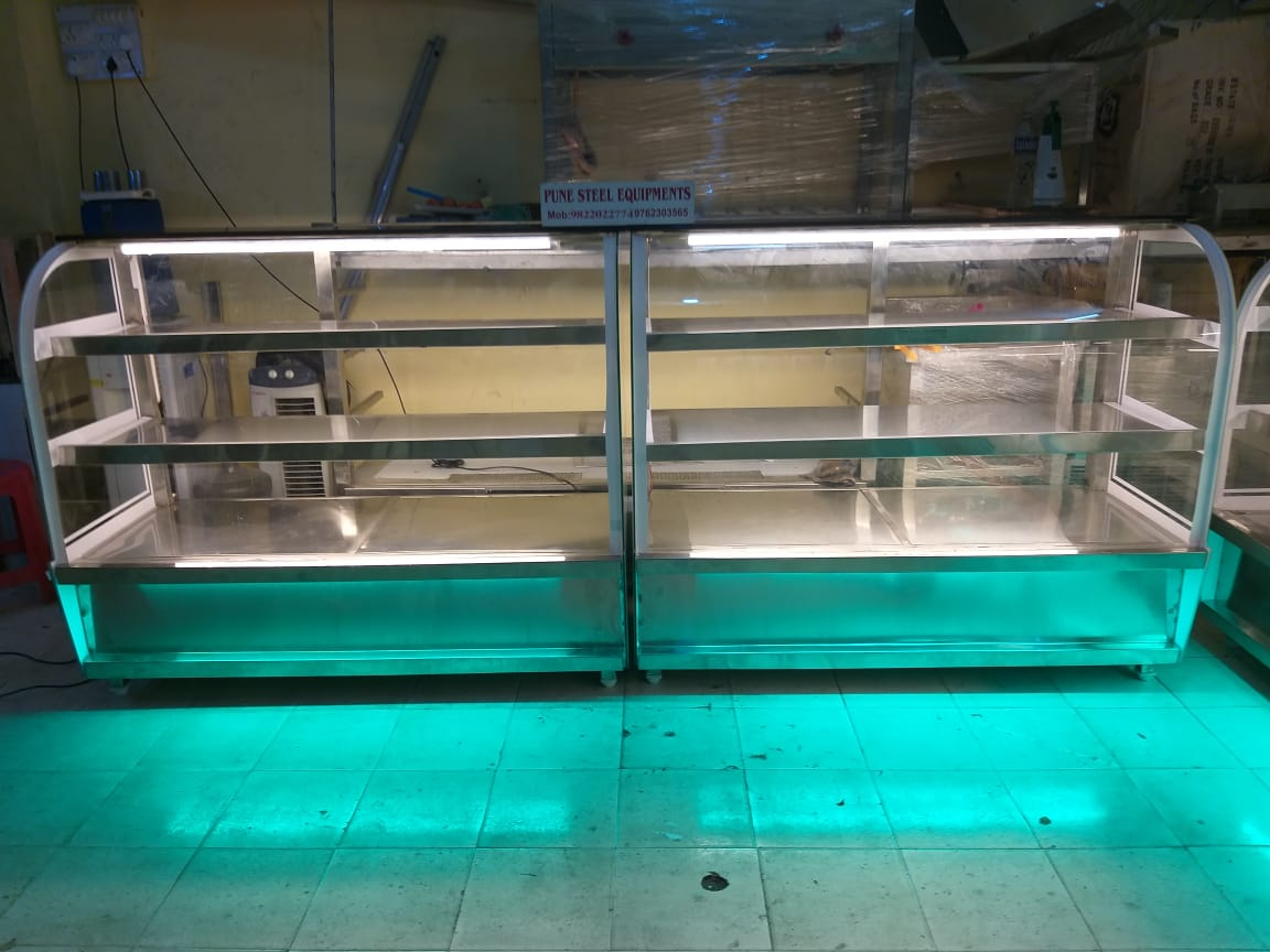 Bakery Display Counter | Pune Steel Equipment | BAKERY