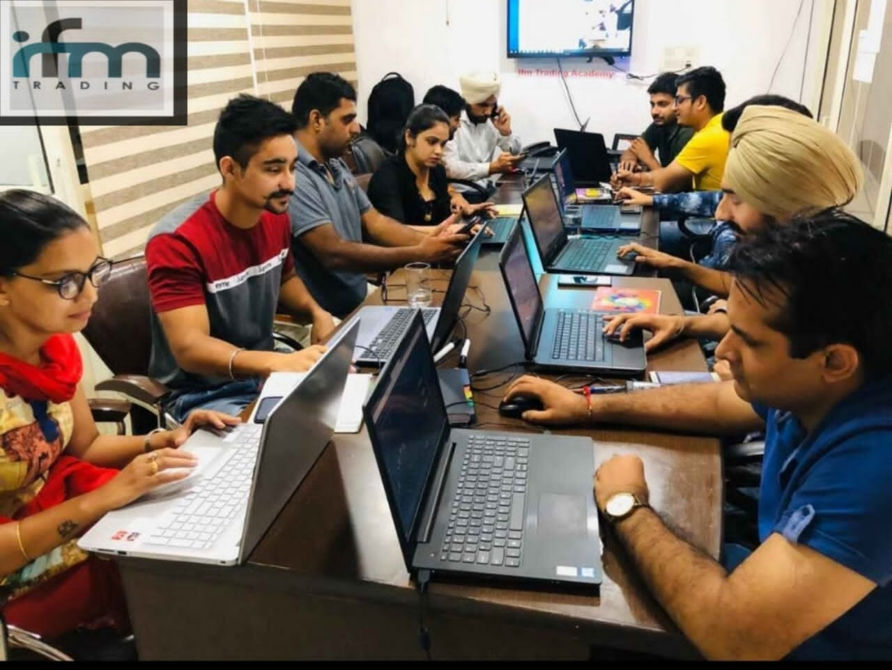 Best stock market trading center in Chandigarh with expert guidance - IFM TRADING ACADEMY | IFM Trading Academy | stock market training institute in Chandigarh, Share market course in Chandigarh, Forex training in Chandigarh, best stock market training in Chandigarh, share market classes in Chandigarh - GL72310