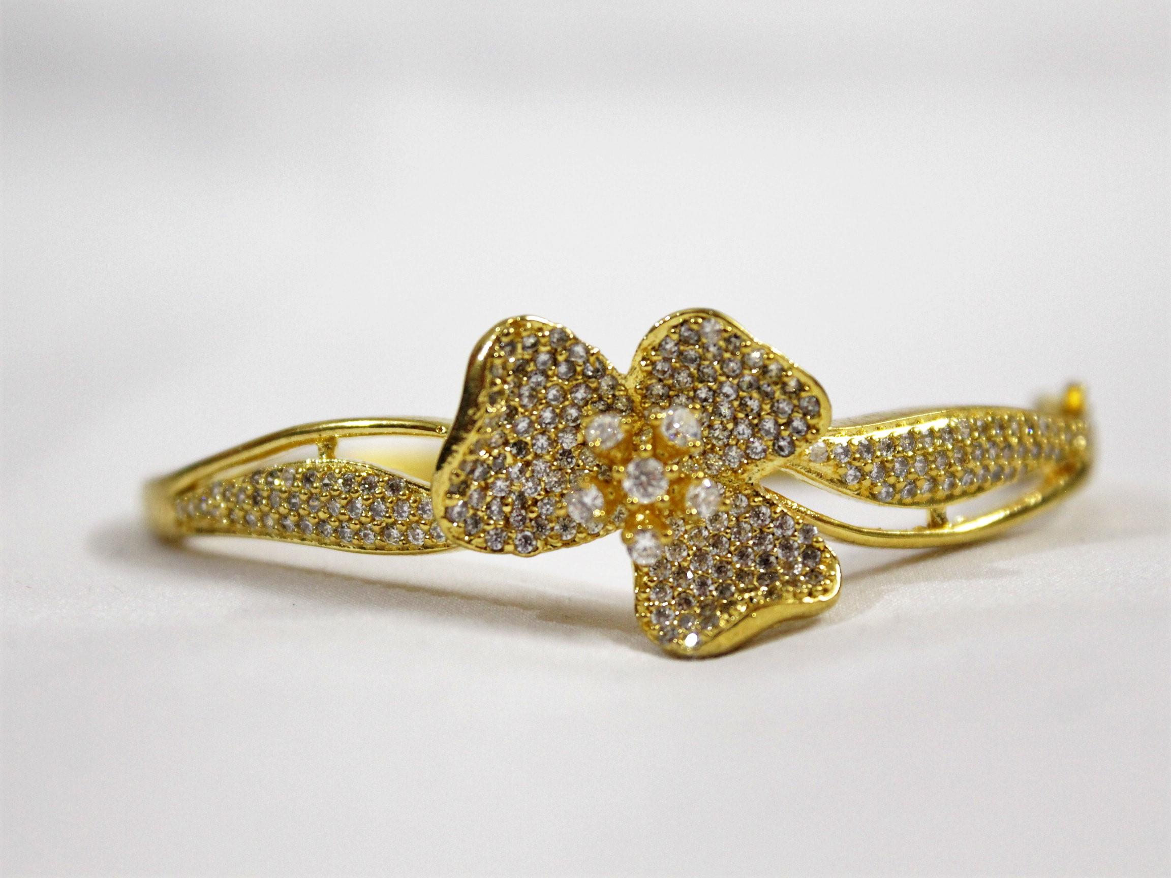 IndiHaute, bracelet for girls in gwalior , bracelet online in gwalior , bracelet online shopping gwalior , bracelet for saree in gwalior , bracelet for sale in gwalior