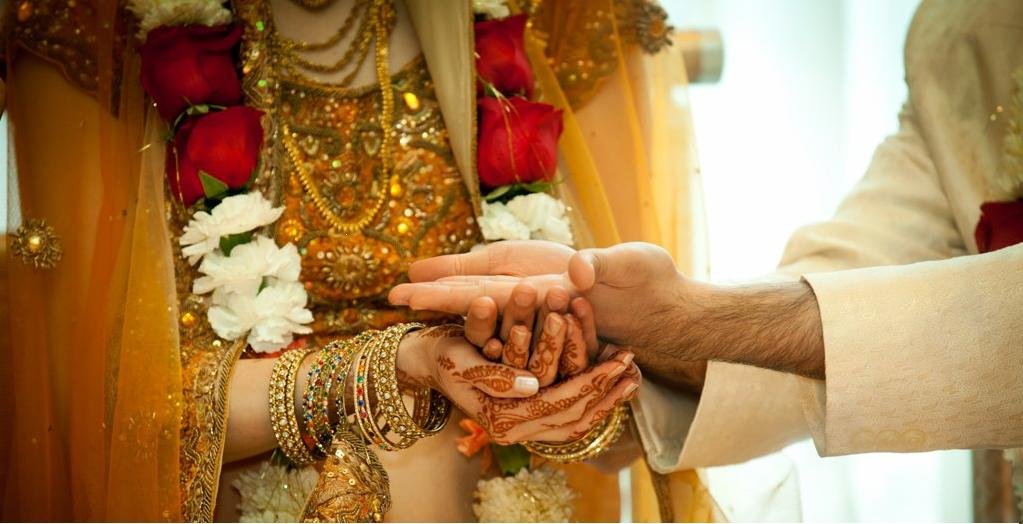 MARRIAGE BUREAU - VIVAH MANDAL - MARATHI MATRIMONY IN VENGURLA | Mauli Vivah Sanstha | MARRIAGE BUREAU IN VENGURLA, MARATHI MARRIAGE BUREAU IN VENGURLA, MARATHA MARRIAGE BUREAU IN VENGURLA, VIVAH MANDAL IN VENGURLA, MARATHI MATRIMONY IN VENGURLA, VIVAH SANSTHA IN VENGURLA,MARATHA,BEST. - GL40015