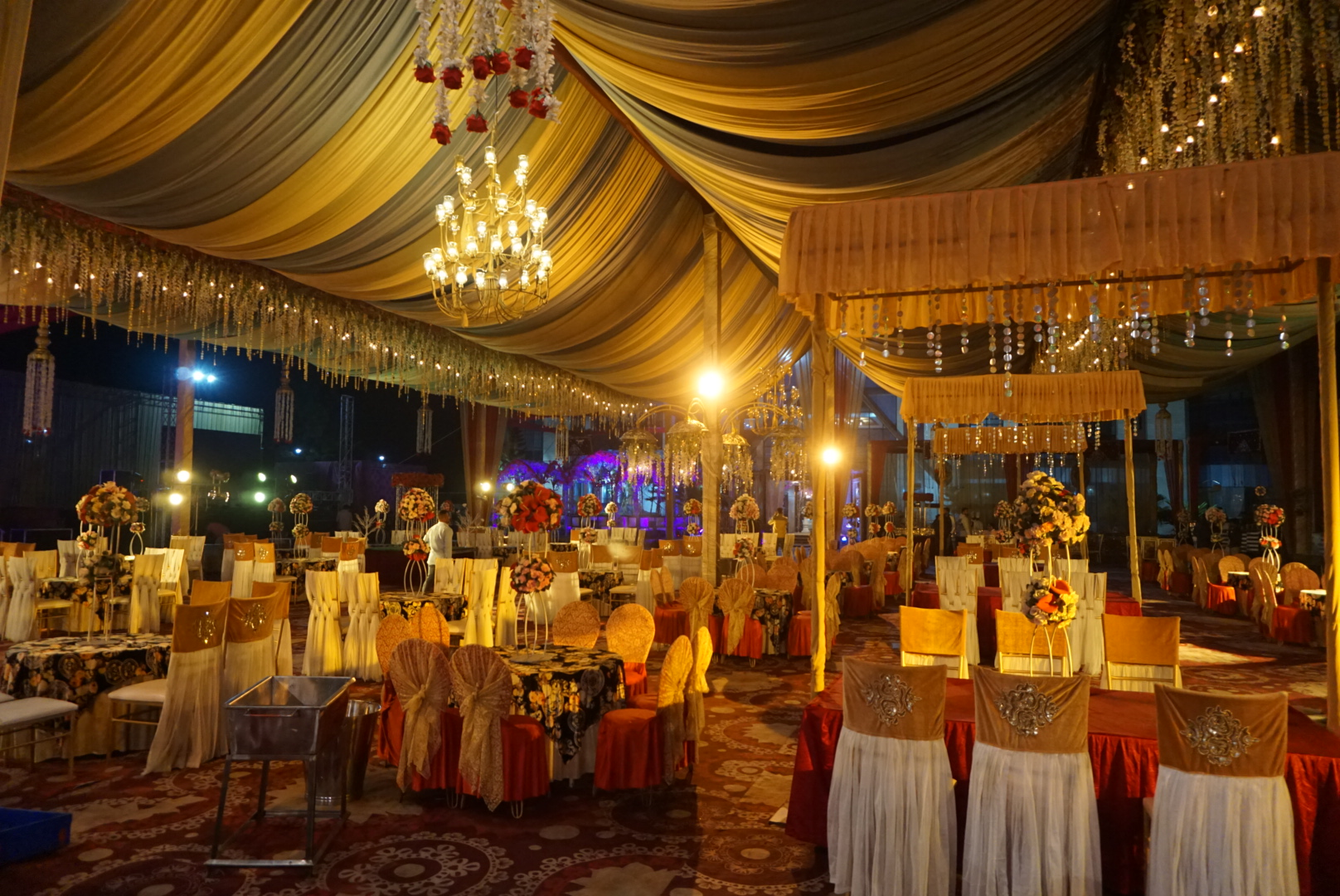 Red Tag Caterers, Outdoor catering in Mandi, non-vegetarian catering service in Mandi, luxury caterers in Mandi, affordable catering company in Mandi