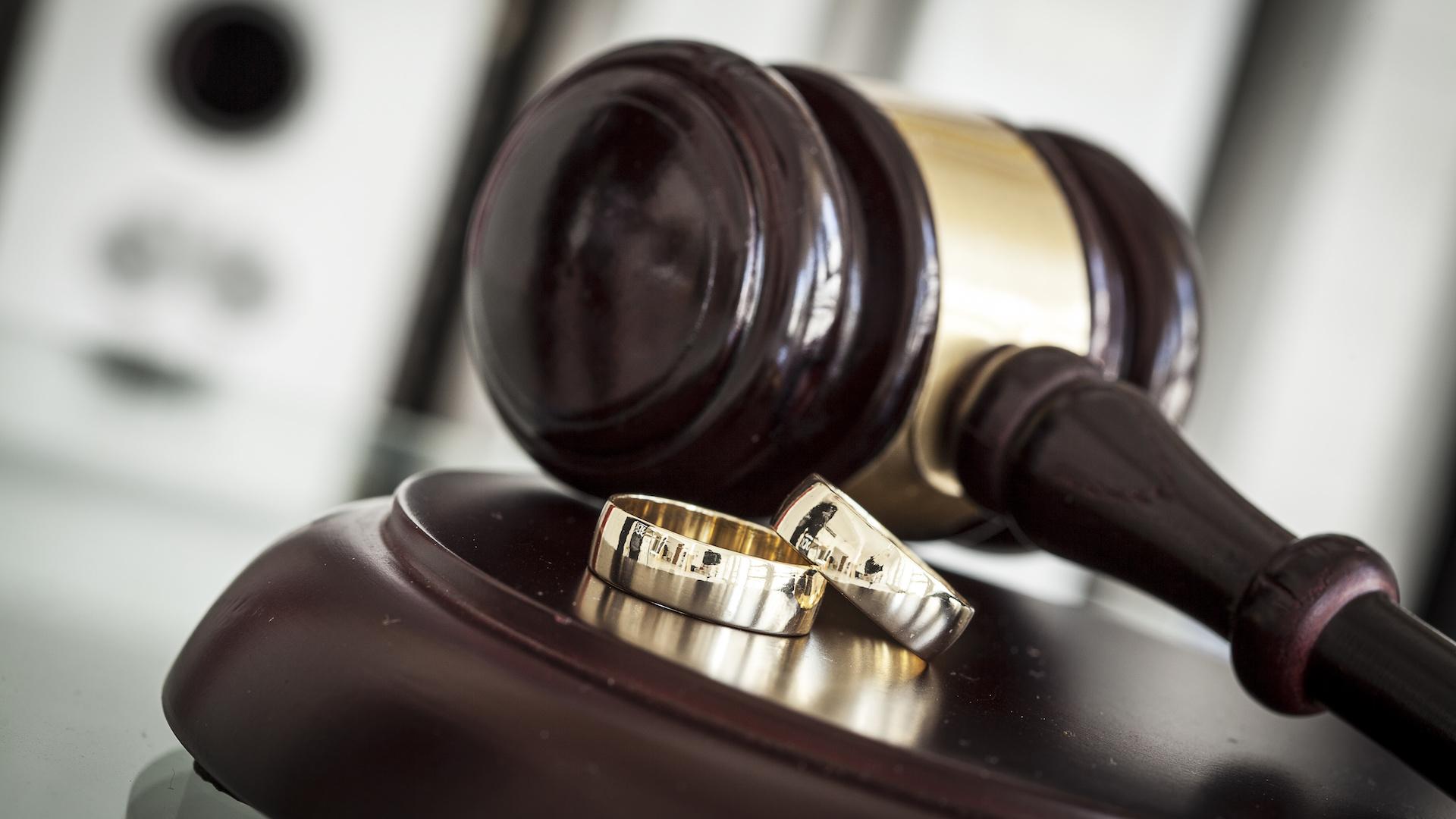 Best Divorce lawyer in Chandigarh.