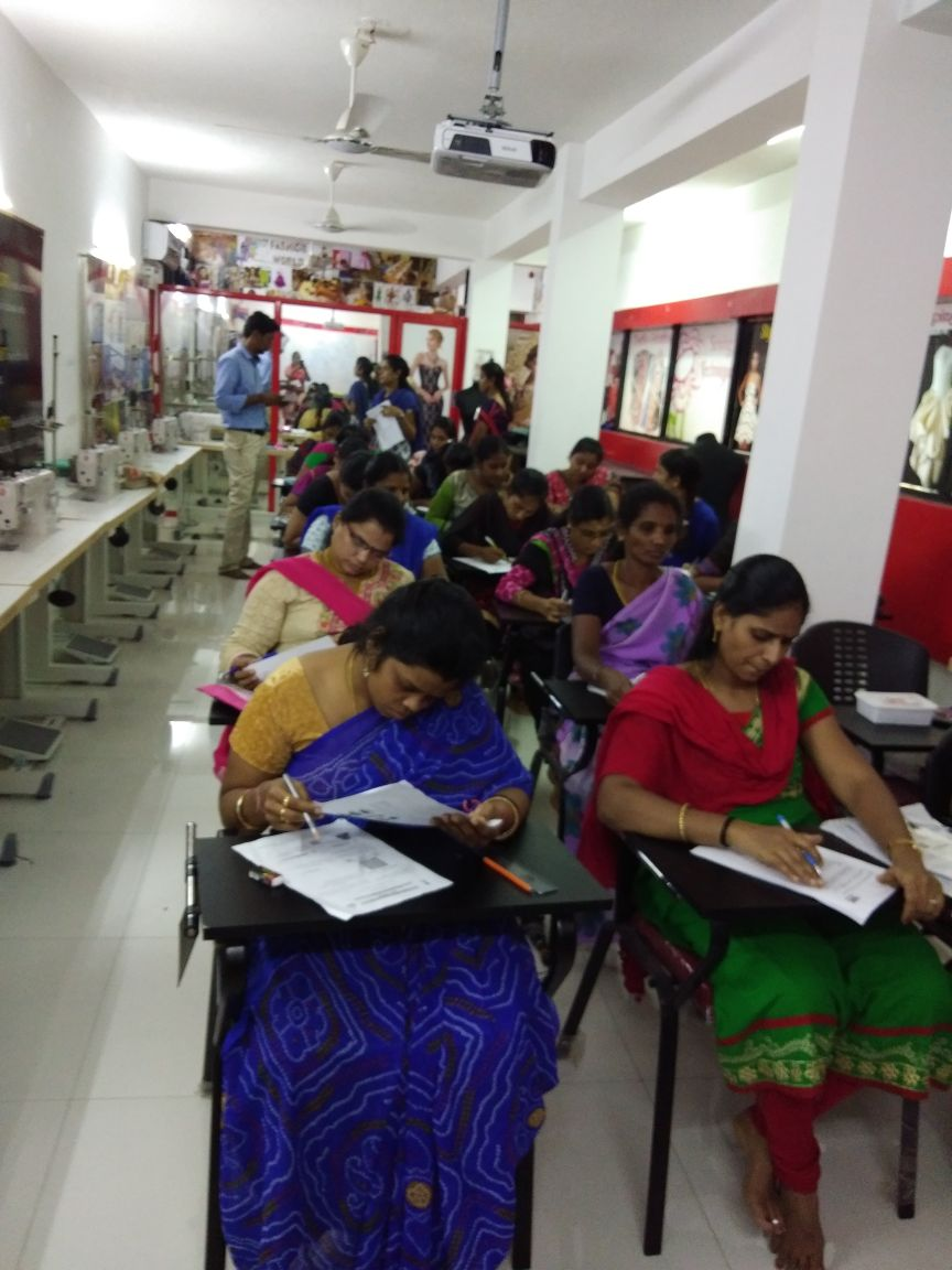 Fashion Designing Courses In Chennai Smart Skills Fashion Designing Classes In Omr Vadapalani Porur
