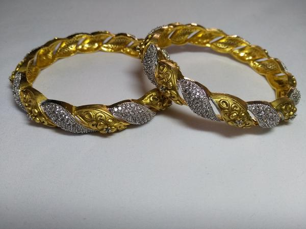 IndiHaute, bridal bangles with price , bridal bangles online , bridal bangles for wedding , bridal bangles for indian wedding , bridal bangles for sale online , bridal bangles for saree  online ,
