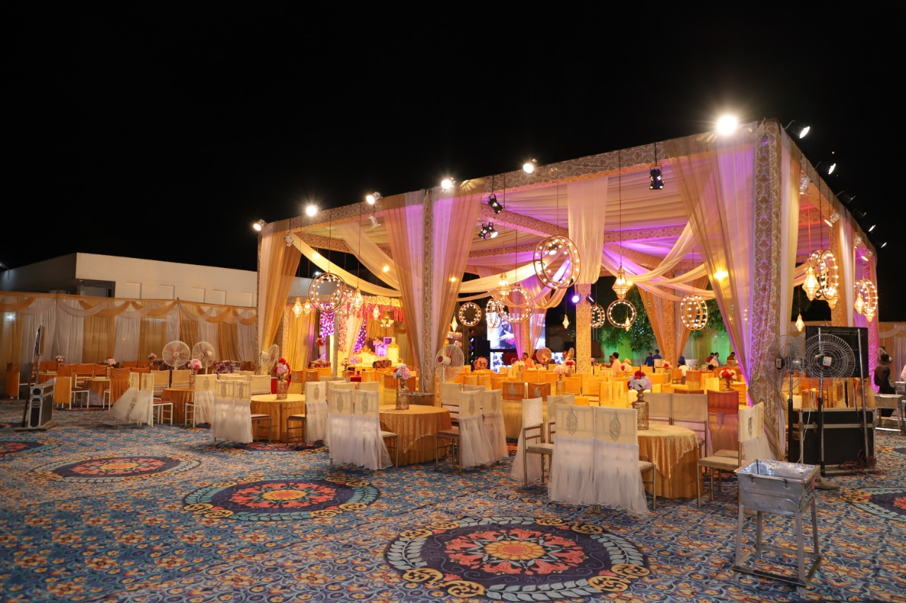 RED TAG By : Red Tag Caterers, in City:  Chandigarh,  , INDIA, Phone No.: +919872151166