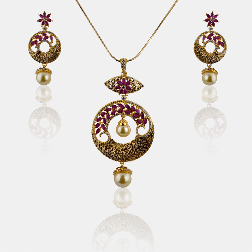 IndiHaute, ad pendant set for female with price , ad pendant set for saree , ad pendant set online , ad pendant set for girl , ad pendant set for ladies , ad pendant set online shopping , ad pendant set for sale
