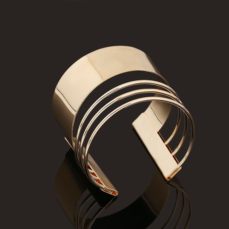 Artificial adjustable bracelet  | IndiHaute | Artificial  bracelets for girls in chandigarh,  artifical Bracelets for girls ,Bracelets for women online shopping sites , jewellery online,  artificial  jewellery online , artificial bracelets online - GL42679