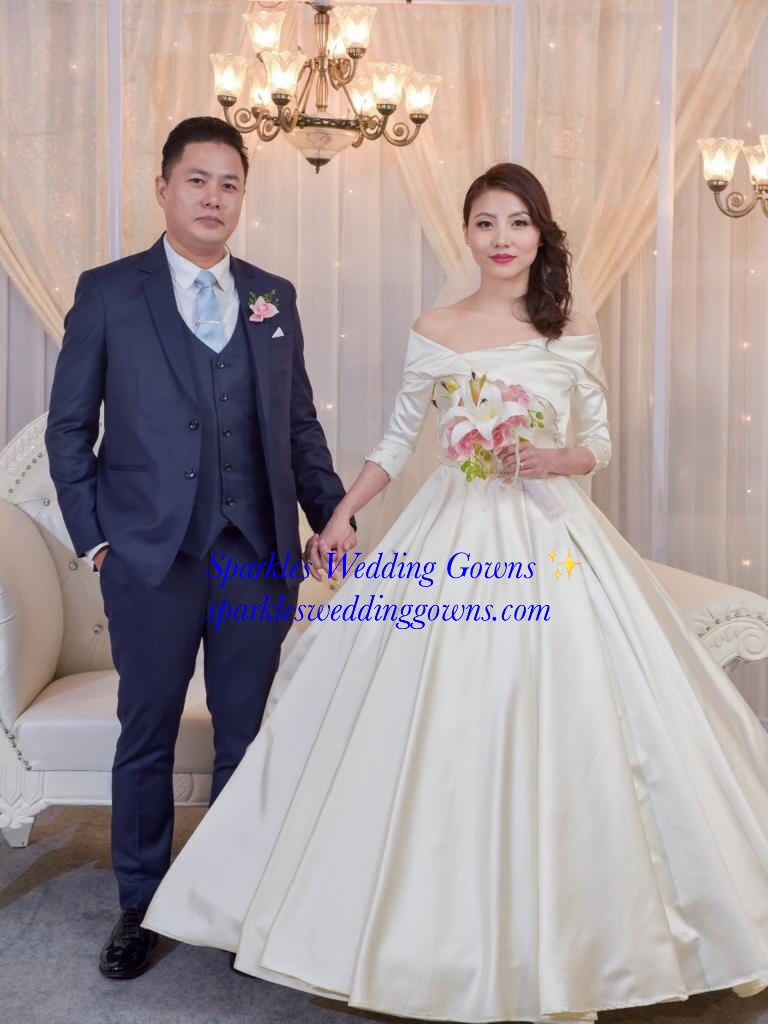SPARKLES WEDDING GOWNS ,   SPARKLES  WEDDING GOWNS BANGALORE   INDIA, WEDDING GOWN MANUFACTURERS IN INDIA, BRIDAL GOWN SHOPS, WEDDING GOWNS ON HIRE,