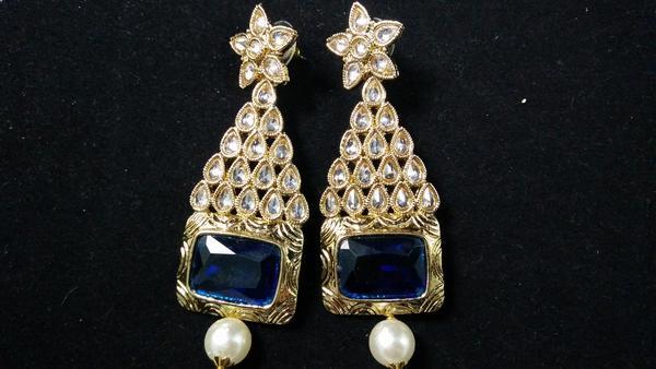 latest earrings online in nashik  | IndiHaute | latest earrings online shopping in nashik , latest earrings for suit in nashik , latest earrings for saree in nashik , latest earrings for wedding in nashik , latest earrings for ladies in nashik  - GL95838
