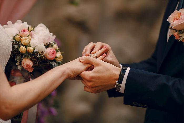 LOOKING FOR MARRIAGE - VIVAH MANDAL - VIVAH SANSTHA - VAR VADHU SUCHAK KENDRA - MARRIAGE BUREAU - MATRIMONY IN RAIGAD  | Mauli Vivah Sanstha | marriage bureau in raigad, matrimony in raigad, marathi matrimony in raigad, vivah mandal in raigad, vivah sanstha in raigad, var vadhu suchak kendra in raigad, marati marriage bureau in raigad, best. - GL45473