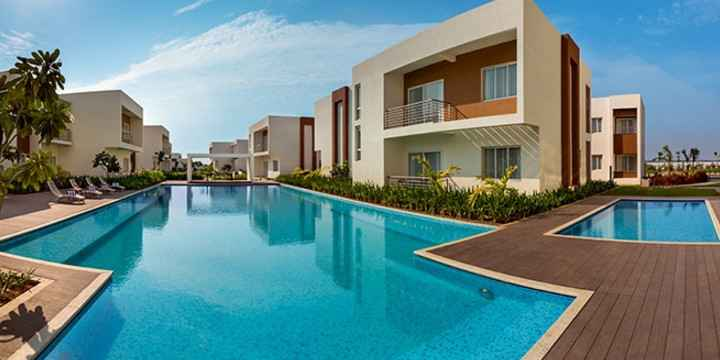 Private swimming pool mobile no 9381017742 by apple beach house and resorts private for Beach resort in chennai with swimming pool