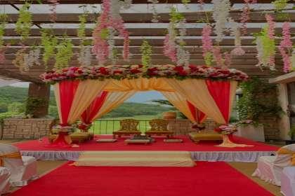 Urban Events, weddingplannerinpune, weddingplanner, weddingdecorater, weddingdecoraterinpune, vidhimandap, vidhimandapdecor, floraladecor, destinationwedding