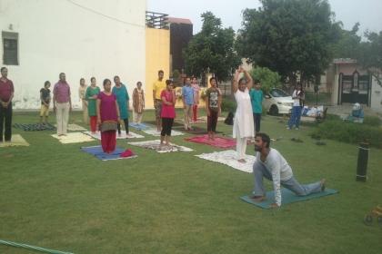 Yoga World, Yoga classes in Greater Noida, yoga classes in  Gautam Buddha Nagar, Yoga classes in Unitech horizon, Yoga classes in Pari chowk, yoga classes in supertech, Amrapali, jalvayu vihar, NRI city