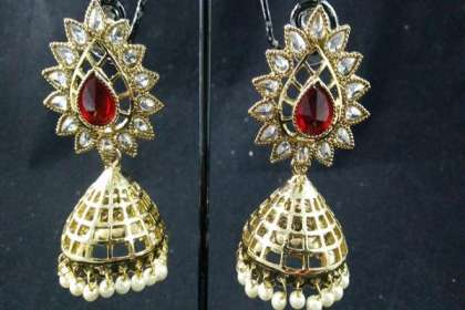 Red meenakari jhumka earrings  - IndiHaute, Red meenakari jhumka earrings online , Red meenakari jhumka earrings online shopping , red meenakari jhumka earrings online buy ,   Red meenakari jhumka earrings online purchase