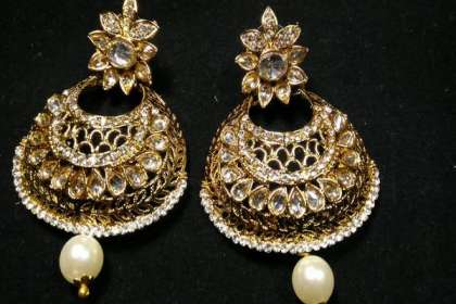 earrings for lehenga choli in patna  - IndiHaute, earrings for lehenga choli online in patna , earrings for lehenga choli online sale in patna , earrings for lehenga choli online shopping in patna , earrings for lehenga choli for wedding in patna ,