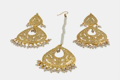 long earrings with maang tikka in bhuj - IndiHaute, long earrings with maang tikka online in bhuj , long earrings with maang tikka online shopping in bhuj , long earrings with maang tikka  for wedding in bhuj